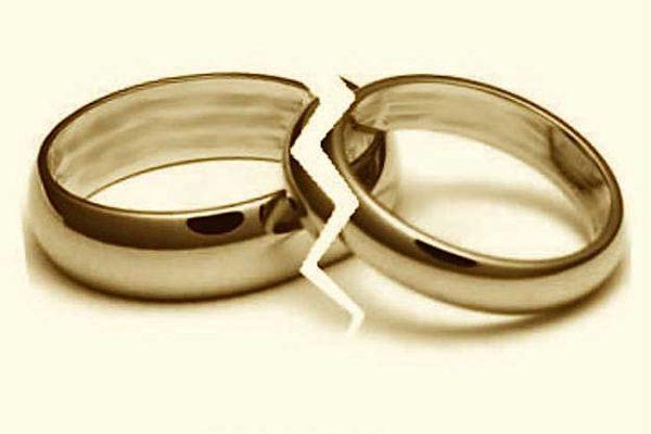 My husband is poor, lazy, woman seeking divorce tells court